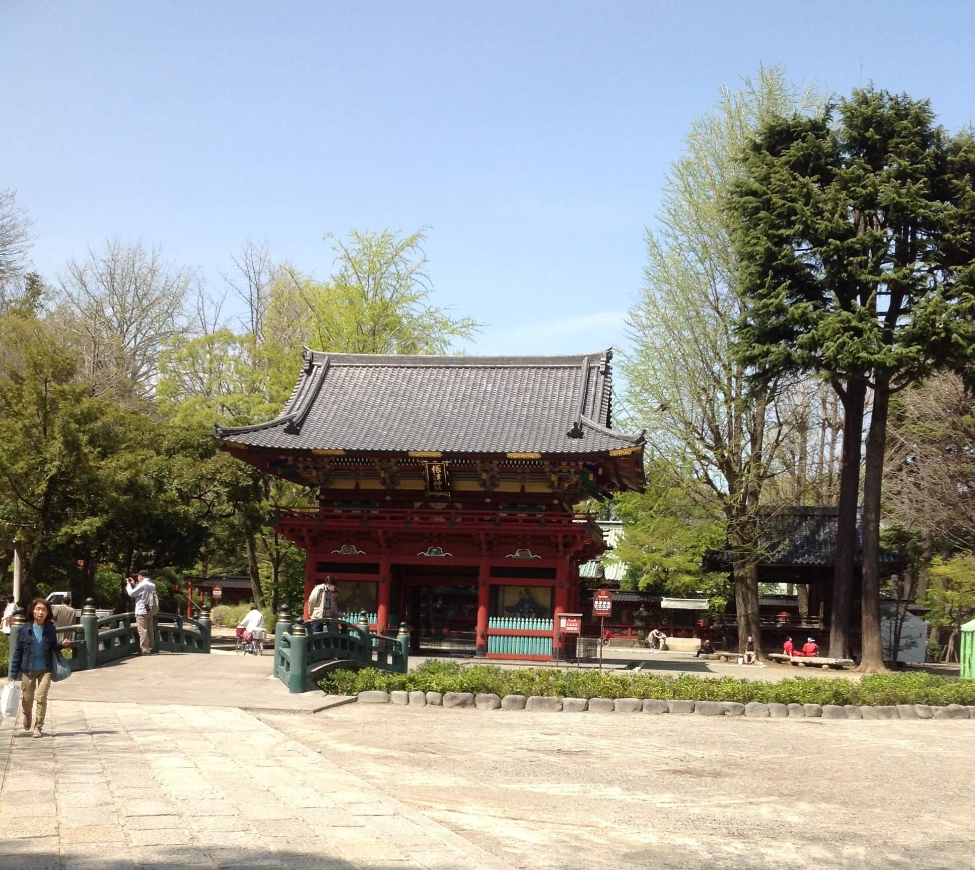 東京十社巡り③ つつじ祭りや千本鳥居で有名な根津神社