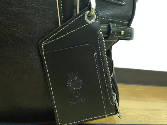 メンズビジネスバッグのP.I.D オネストシリーズ パスケース