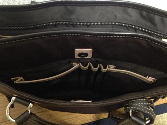 メンズビジネスバッグのP.I.D オネストシリーズ