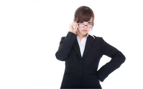 知的な人 眼鏡