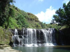 グアム タロフォフォの滝